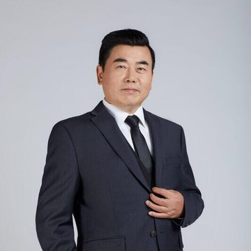 Photo of Toronto real esate expert Adam Tao